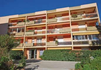 Apartment in Bormes-les-Mimosas, the South of France