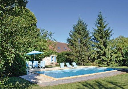 Villa in Génis, France
