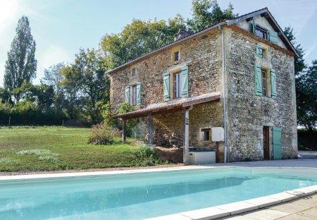 Villa in Loubejac, France