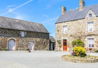 Villa in Gouville-sur-Mer, France