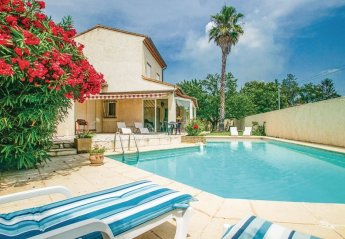 Villa in Milhaud, the South of France