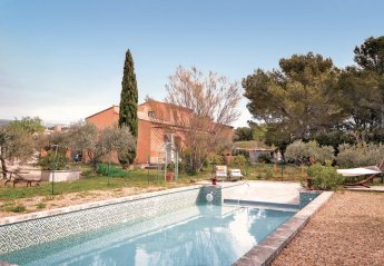 Villa in Mérindol, the South of France