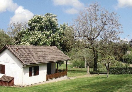 Villa in Château-Chervix, France