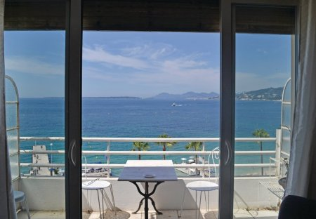 Studio Apartment in Juan Les Pins-Gallice, the South of France