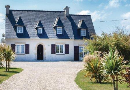 Villa in Kerlouan, France