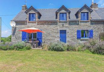 Villa in Saint-Martin-sur-Oust, France