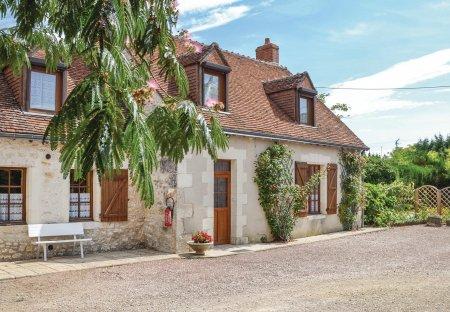 Villa in Pontlevoy, France