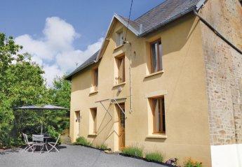 Villa in Saint-Denis-le-Vêtu, France
