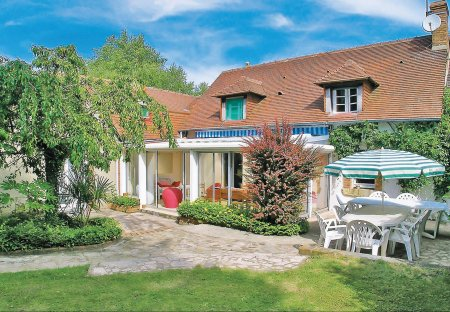 Villa in Brette-les-Pins, France: