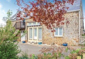 Villa in Couesmes-Vaucé, France