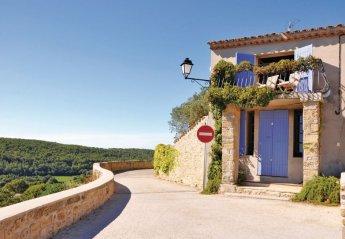 Villa in Cornillon-Confoux, the South of France