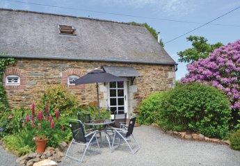 Villa in Callac, France