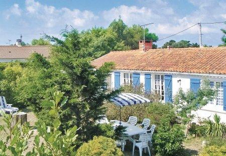 Villa in Barbâtre, France: MINOLTA DIGITAL CAMERA