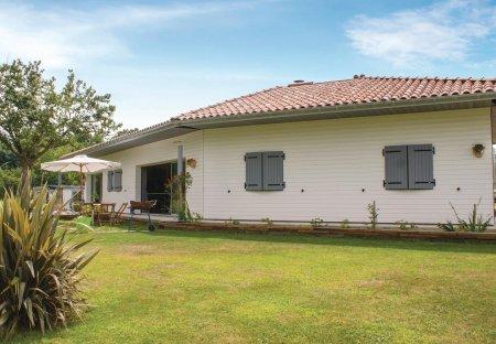 Villa in Charritte-de-Bas, France: SONY DSC