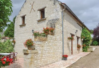 Villa in Assay, France