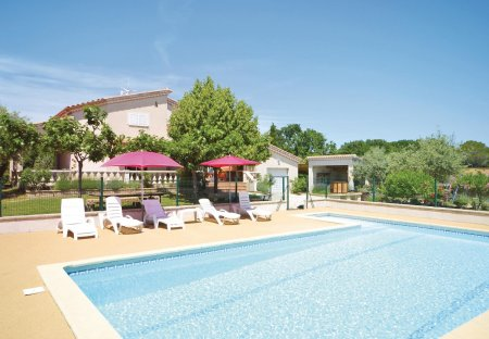 Villa in Montignargues, the South of France