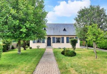 Villa in La Fresnais, France