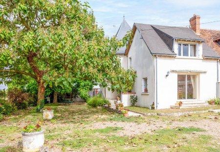 Villa in Les Montils, France: