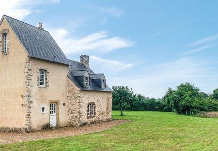 Villa in Rouessé-Vassé, France