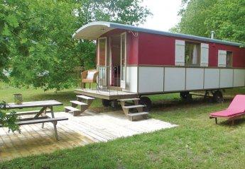 Mobile Home Motorised in Mazières-de-Touraine, France