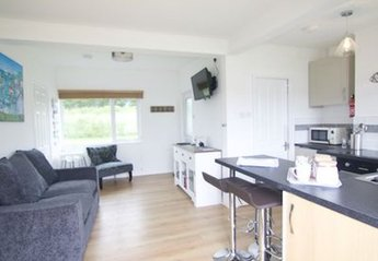 Chalet in Mullion and Grade-Ruan, England