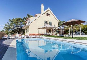 Villa in Lagoa de Albufeira, Lisbon Metropolitan Area