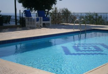 Villa in Esentepe, Cyprus: all yours....