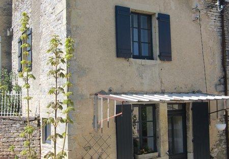 Village House in Baigneux-les-Juifs, France