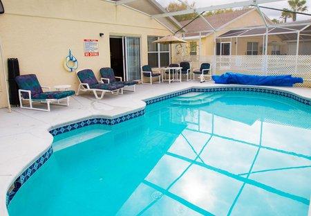 Villa in Hampton Lakes, Florida