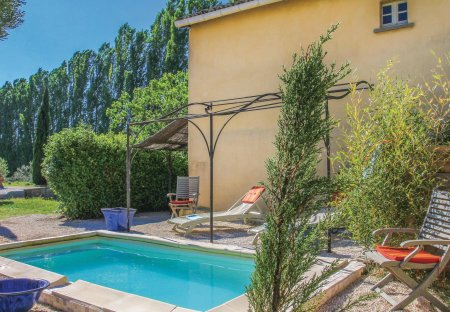 Villa in Pont-Saint-Esprit, the South of France