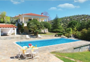 Apartment in Evia, Greece: Please fill in pool