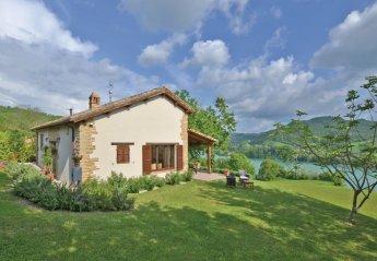 Villa in Amandola, Italy