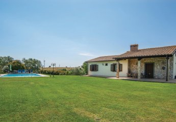 Villa in Piansano, Italy