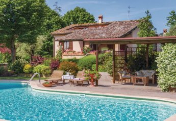 Villa in Bugiana, Italy