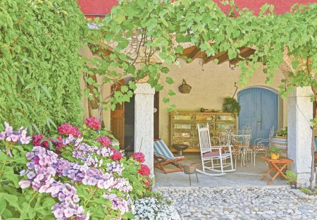 Apartment in Pieve Vecchia, Italy