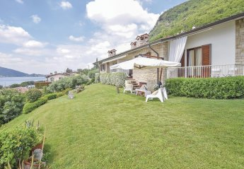 Villa in Sarnico, Italy