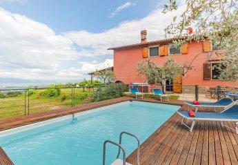 Villa in Montevarchi, Italy