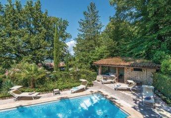 Villa in Ornaro, Italy