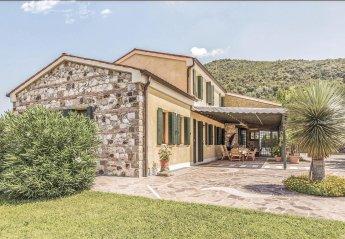 Villa in Vo', Italy