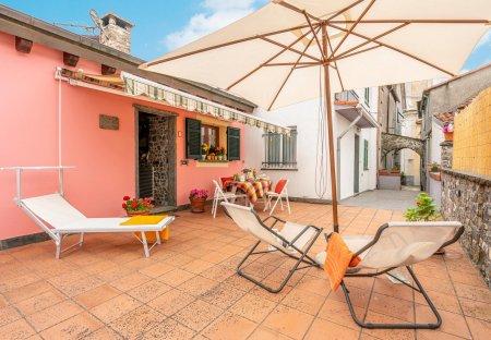Villa in Cembrano, Italy