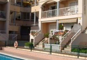 Apartment in Torrevieja, Spain: Appartment and pool