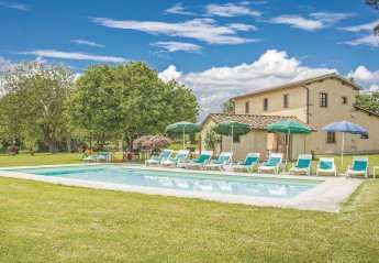 Villa in Borgo San Lorenzo, Italy