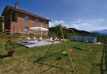 Villa in Italy, Varese Ligure