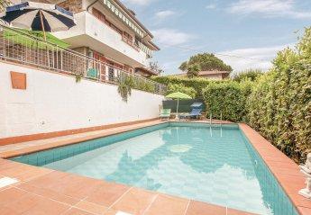 Villa in Corsanico-Bargecchia, Italy