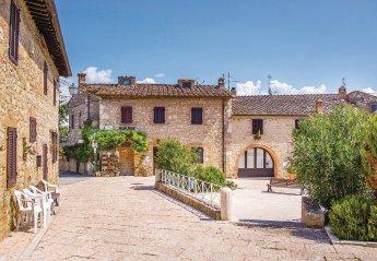 Villa in Strove, Italy