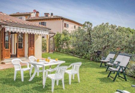 Villa in Montespertoli, Italy