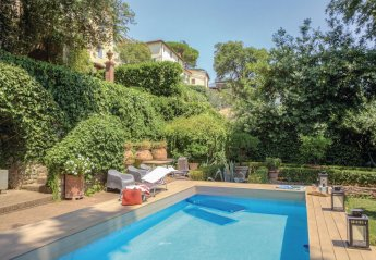 Villa in Larciano, Italy