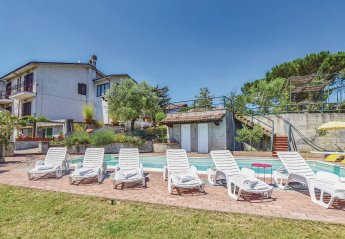 Villa in Reguardia, Italy