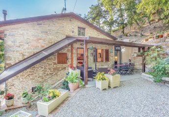 Villa in Capolona, Italy