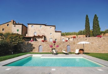 Villa in Le Corchie, Italy